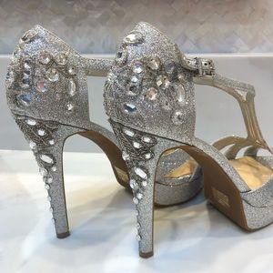 Gianni Bini Jeweled Heel, Silver Sparkles, SZ 10